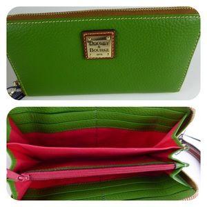 Dooney & Bourke Zip Wallet Wristlet Pebble Leather